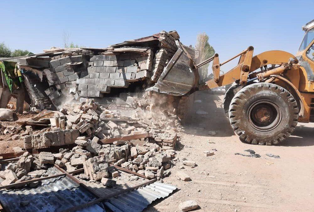 ۲۱ مورد ساخت و ساز غیرمجاز در زمینهای کشاورزی شهرستان ری تخریب شد