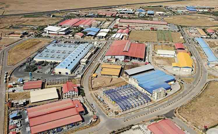 ۱۲ هکتار اراضی واگذار شده در شهرکهای صنعتی استان مرکزی آزادسازی شد