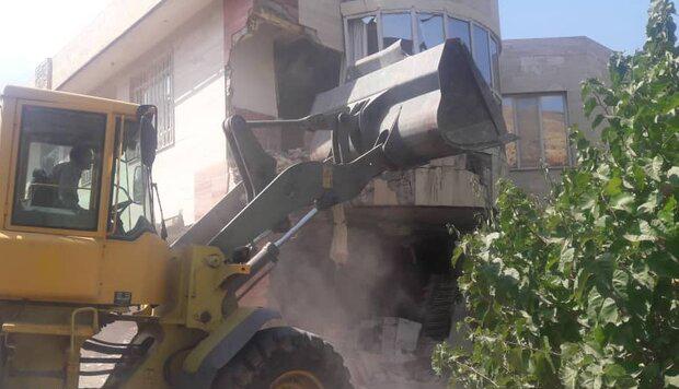 تخریب ۱۸ ساخت و ساز غیرمجاز در شمیرانات/یک هکتار از اراضی آزاد شد